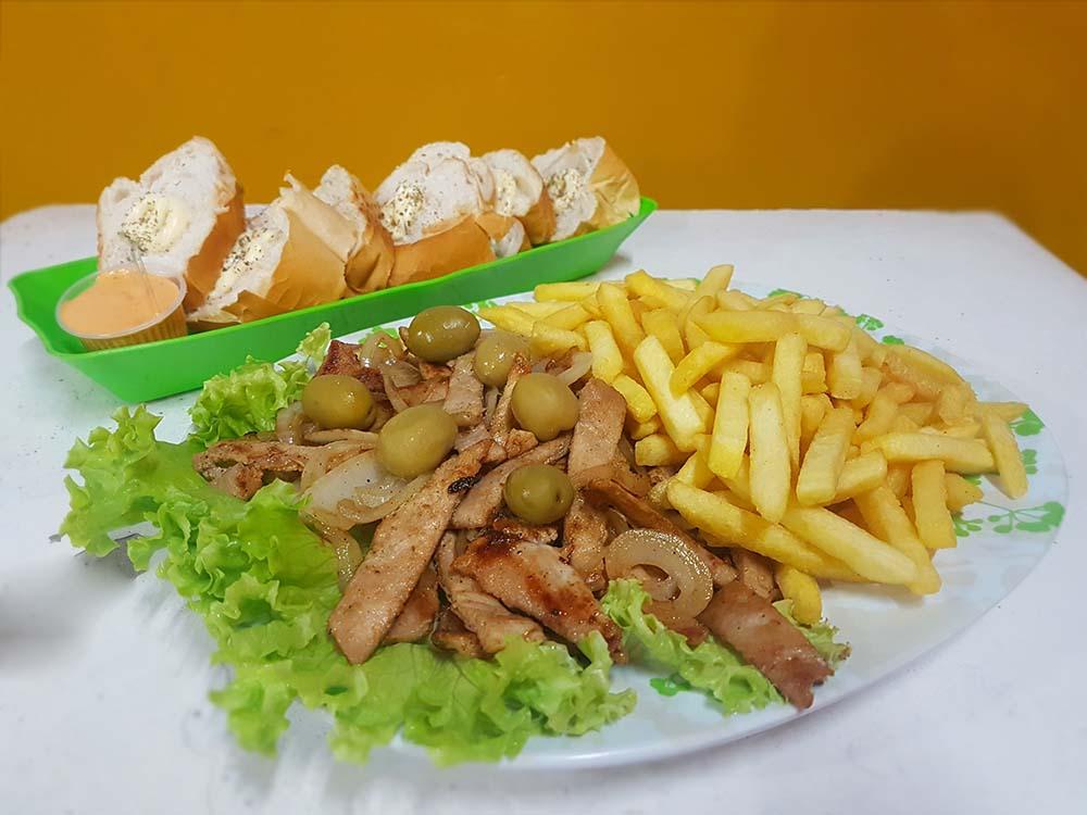 Lombo com fritas (Crédito: Mirassol Conectada)